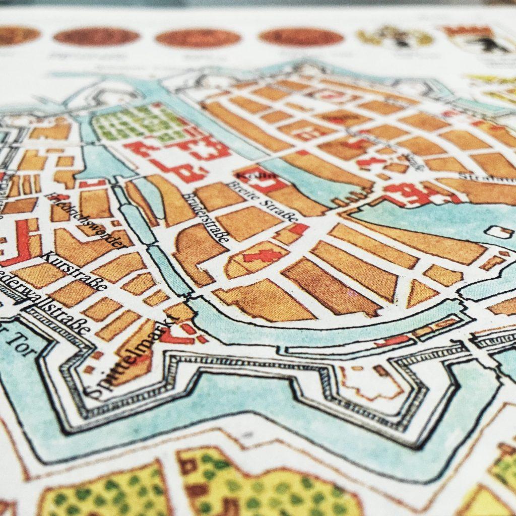 Stadtplan und Berliner Siegel aus meinem Rätselbuch Nahe